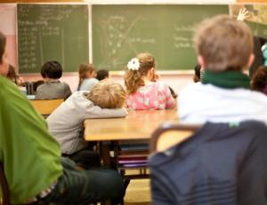 écoliers à l'école